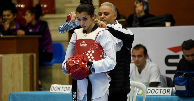 Sporcumuz İpek Çidem Olimpiyat Yolunda